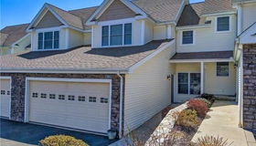 66 Kyles Way #66, Shelton, CT 06484