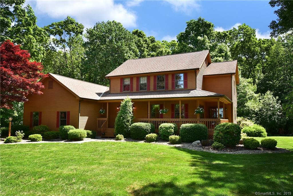 44 Bridlewood Road, South Windsor, CT 06074 is now new to the market!