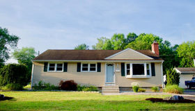 3 Greenlawn Avenue, Newington, CT 06111