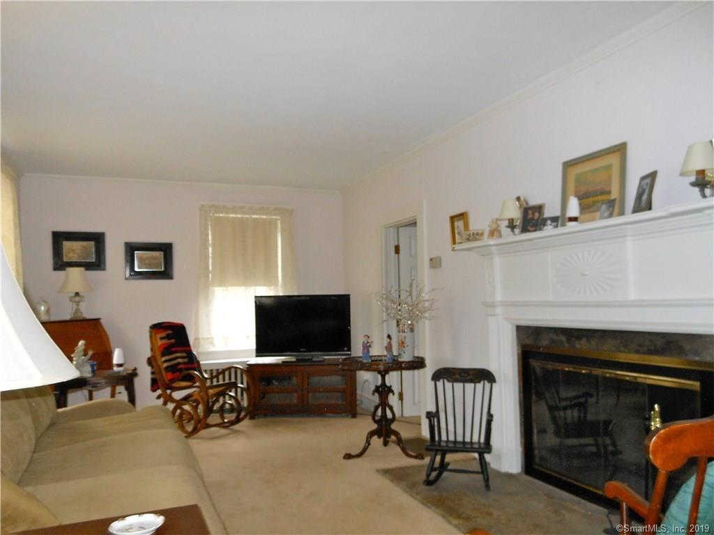 8 Shares Lane #8, South Windsor, CT 06074 is now new to the market!