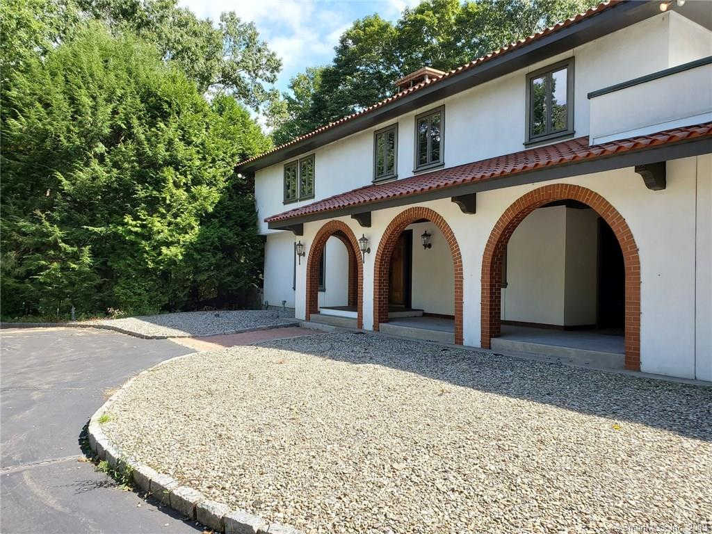 120 Deerfield Drive, Easton, CT 06612 is now new to the market!