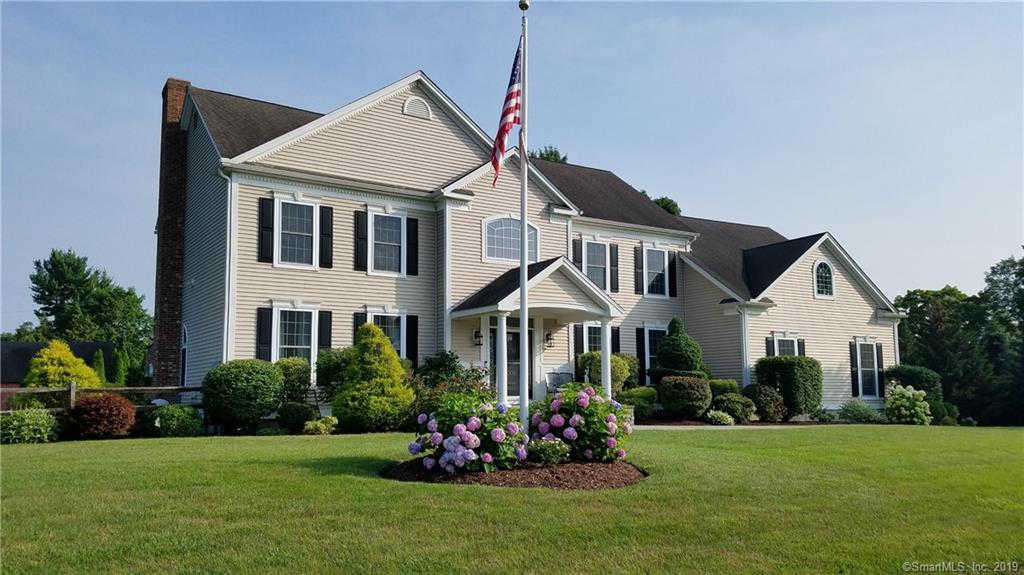 15 Cricket Trail, Guilford, CT 06437 is now new to the market!