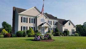 15 Cricket Trail, Guilford, CT 06437