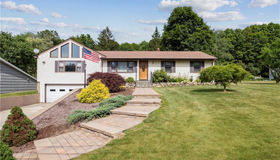 4 Brentwood Road, New Milford, CT 06776