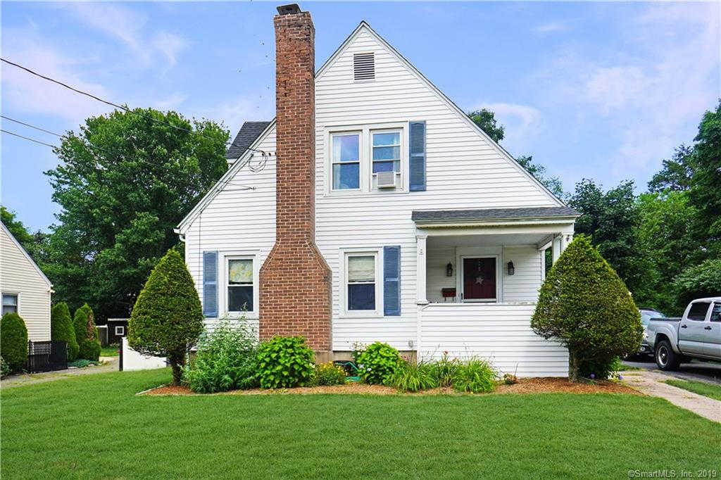 63 Mckinley Street, Manchester, CT 06040 now has a new price of $177,400!