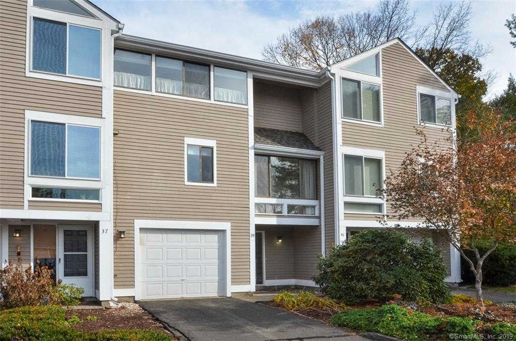 39 Old Mill Court #39, Simsbury, CT 06070 now has a new price of $179,900!