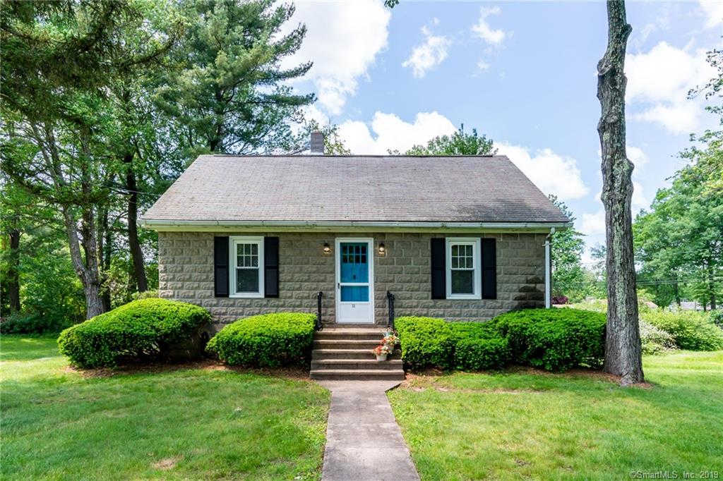 11 Peggy Lane, Farmington, CT 06032 is now new to the market!