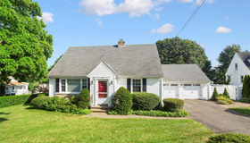 725 Old Stratfield Road, Fairfield, CT 06825