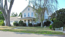 34 Lincoln Street, East Lyme, CT 06357