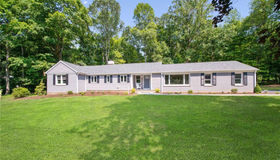 73 Wepawaug Road, Woodbridge, CT 06525