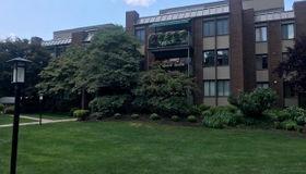 799 Prospect Avenue #phn, West Hartford, CT 06105
