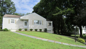 7 Whalley Road, Trumbull, CT 06611