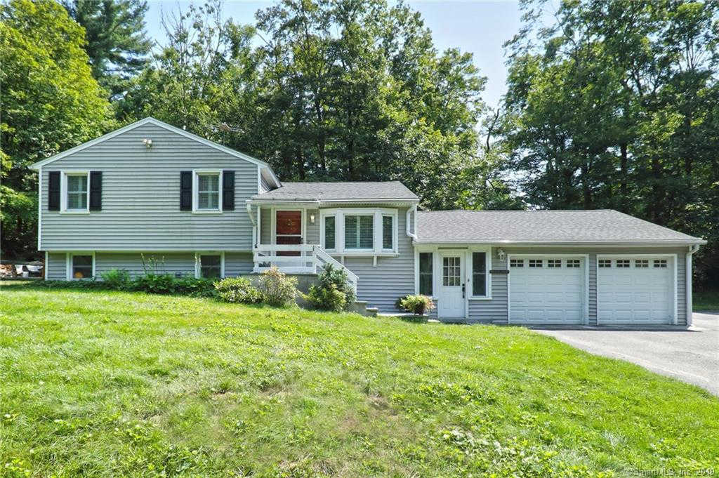 48 Cheshire Road, Bethany, CT 06524 is now new to the market!