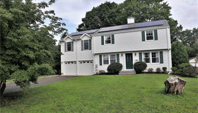 6r Sunset Street, Stamford, CT 06907