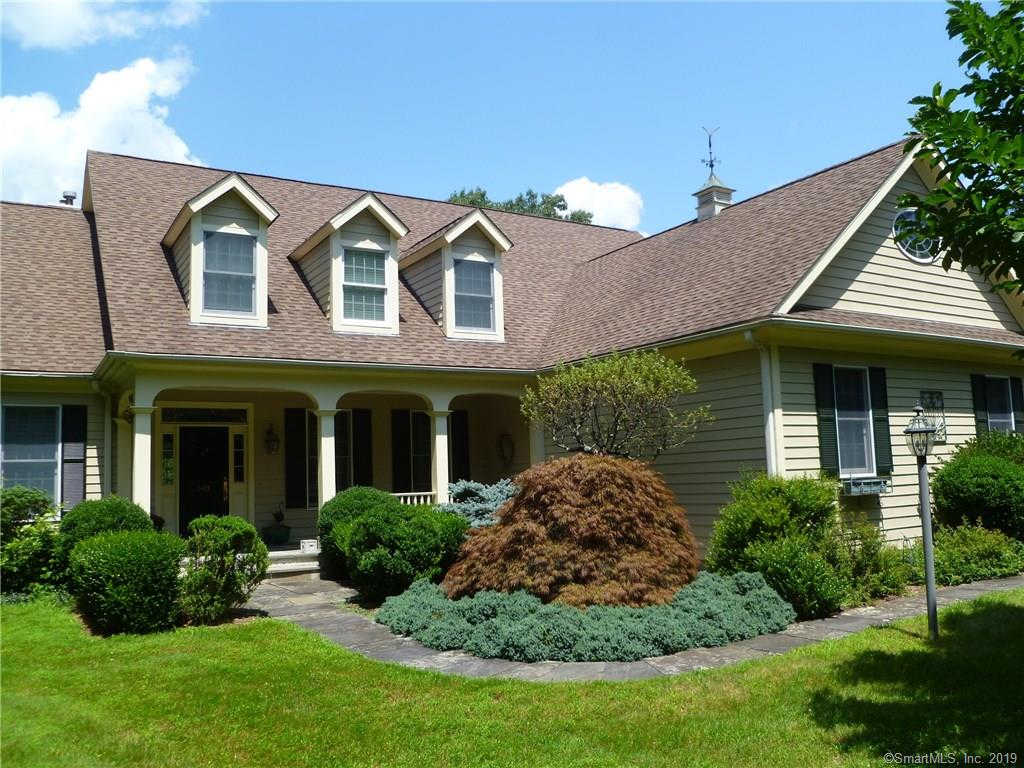 543 Webbs Hill Road, Stamford, CT 06903 is now new to the market!