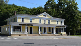 289 Main Street South #2, Woodbury, CT 06798
