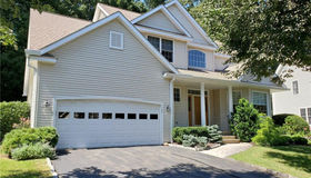 109 Governor Trumbull Way #109, Trumbull, CT 06611