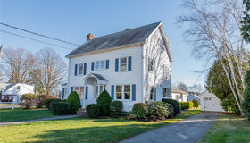 14 College Street, Old Saybrook, CT 06475
