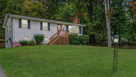 10 Oak Ridge Road, Bethel, CT 06801