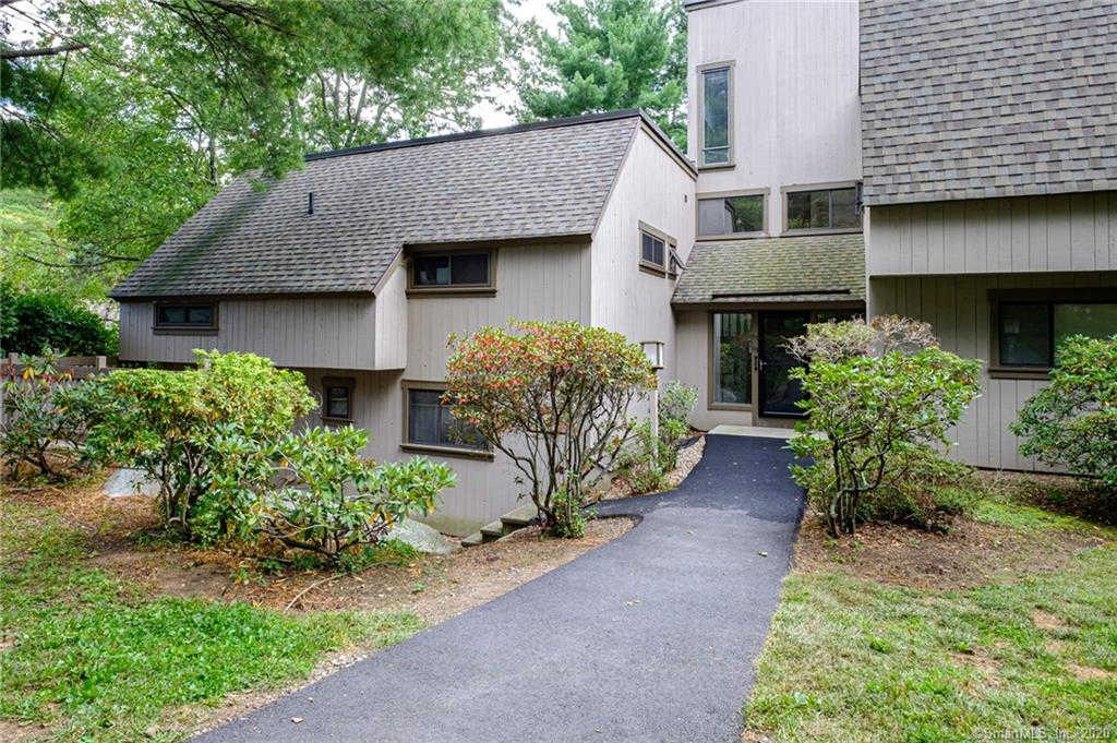 53 Great Meadow Lane #53, Farmington, CT 06032 now has a new price of $134,500!