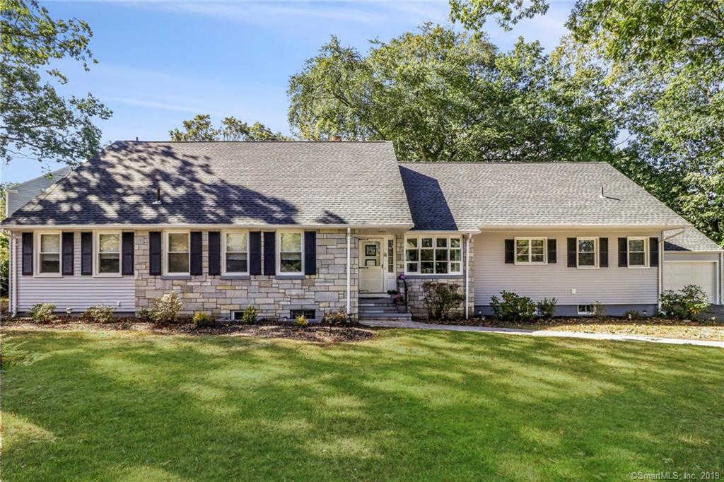 74 Mumford Road, New Haven, CT 06515 is now new to the market!