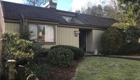 452 Heritage Village #b, Southbury, CT 06488