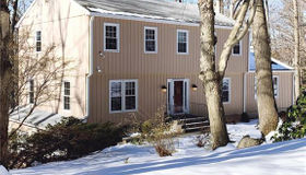 5 Bayne Court, Norwalk, CT 06851