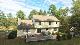 4 Rolling Meadows Lane, Newtown, CT 06482