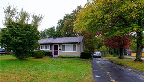 19 Ashford Road, Plainville, CT 06062