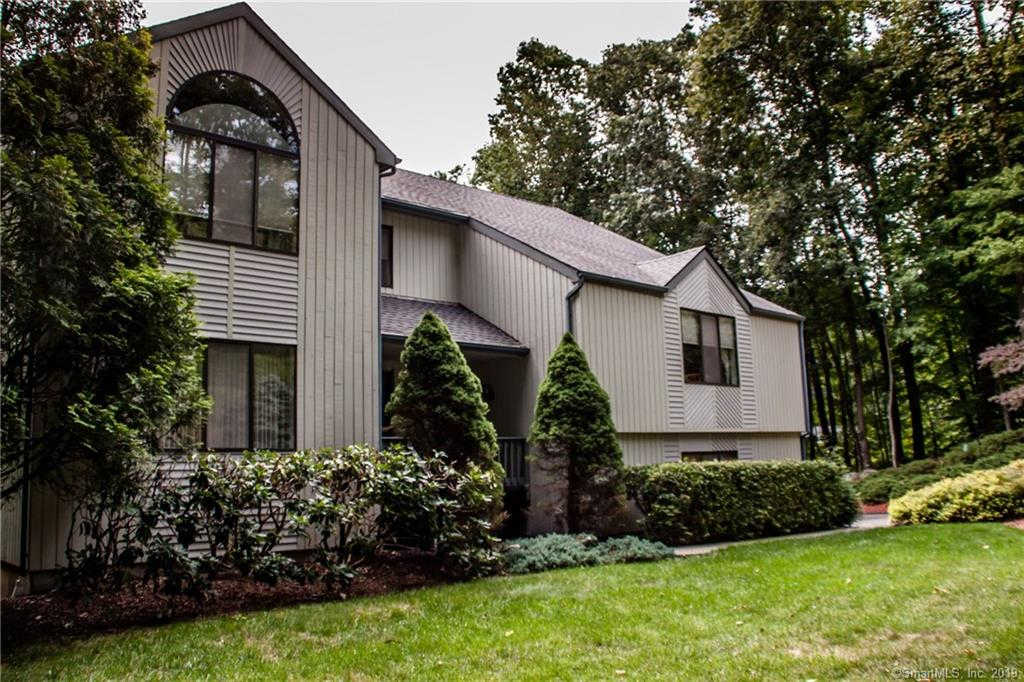 10 Douglas Lane, New Fairfield, CT 06812 is now new to the market!