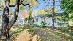 11 Clayton Drive, Wethersfield, CT 06109