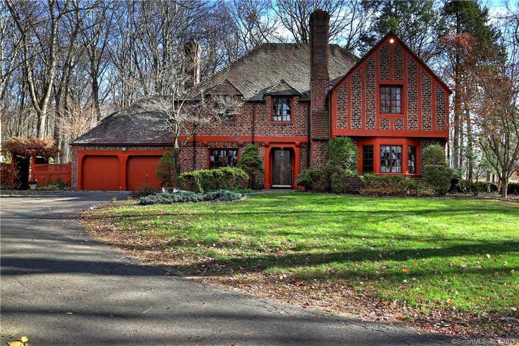 45 Hunting Hill Road, Woodbridge, CT 06525 is now new to the market!