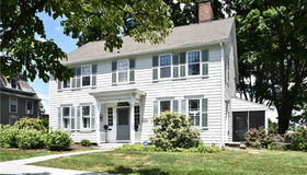 32 Main Street, Newtown, CT 06470