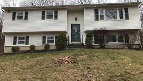 20 Colonial Drive, Danbury, CT 06811