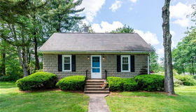 11 Peggy Lane, Farmington, CT 06032