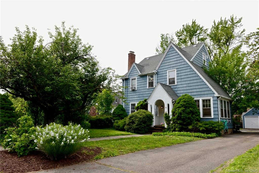Video Tour  - 390 Fern Street, West Hartford, CT 06119