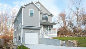 424 Saunders Avenue, Bridgeport, CT 06606