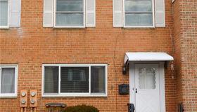 16 Avon Lane, Stamford, CT 06907