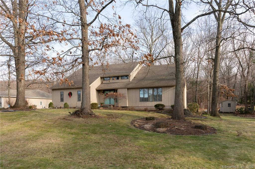 156 Wedgewood Road, Southington, CT 06489 is now new to the market!
