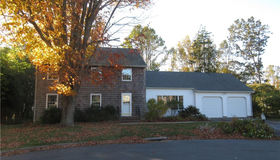 13 Woodsea Place, Waterford, CT 06385