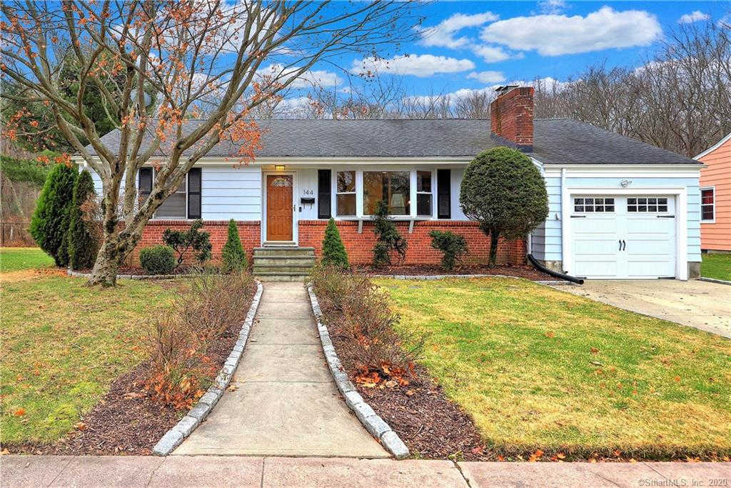 144 Curtis Drive, New Haven, CT 06515 is now new to the market!