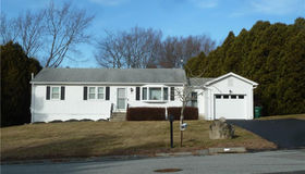 16 Lincoln Road, Waterford, CT 06385