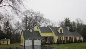 4 Deer Run Ridge, Woodbridge, CT 06525