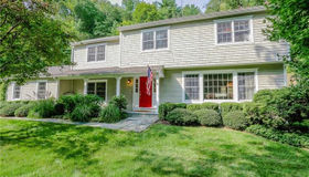 704 Valley Road, New Canaan, CT 06840