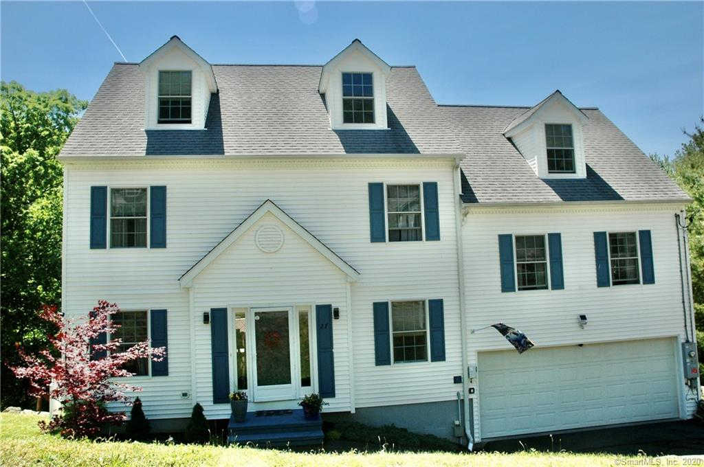 27 Tarrywile Lake Road, Danbury, CT 06810 has an Open House on  Sunday, March 15, 2020 12:00 PM to 2:00 PM
