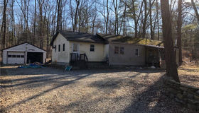 640 Putnam Pike, Killingly, CT 06241
