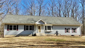 15 Evergreen Drive, Tolland, CT 06084