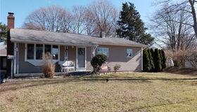 4 Briarwood Drive, Old Saybrook, CT 06475