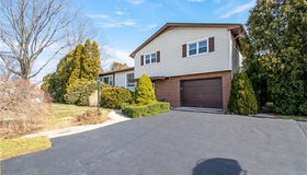 56 Admiral Drive, New London, CT 06320