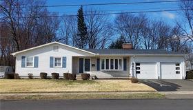 3 Hemingway Street, Plainville, CT 06062